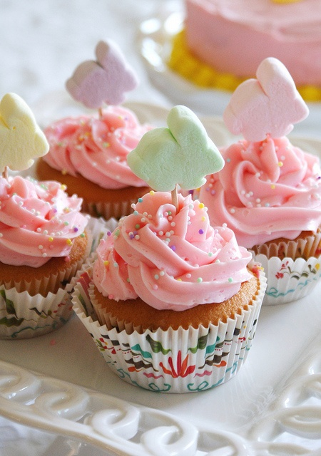 Easter Bunny Cupcakes with Marshmallows