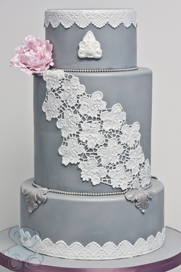Elaborate Wedding Cake Design