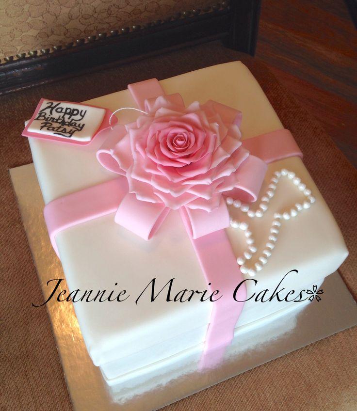 Fondant Cakes Square Gift Boxes
