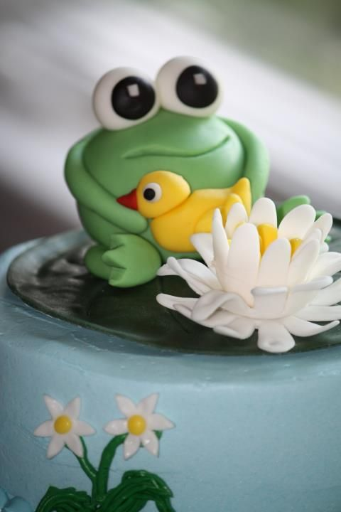 13 Photos of Lily Pad Pond Frog Cakes