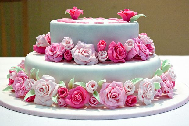 Happy Birthday Rose Cake Flowers