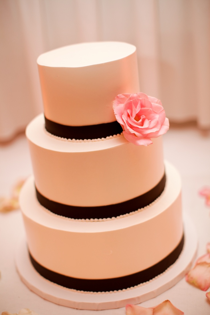 Light Pink and Black Wedding Cake