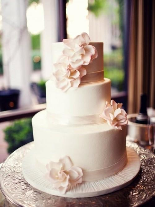 Light Pink and White Simple Wedding Cake