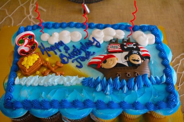 Publix Cupcake Cakes