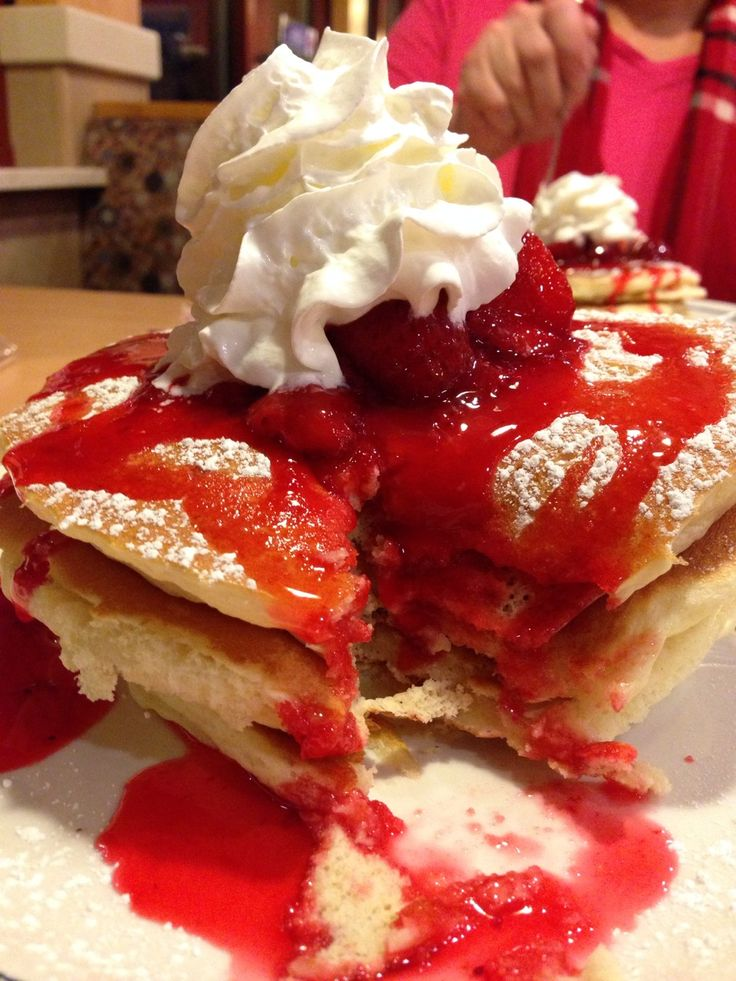 Strawberry Cheesecake Pancakes Ihop