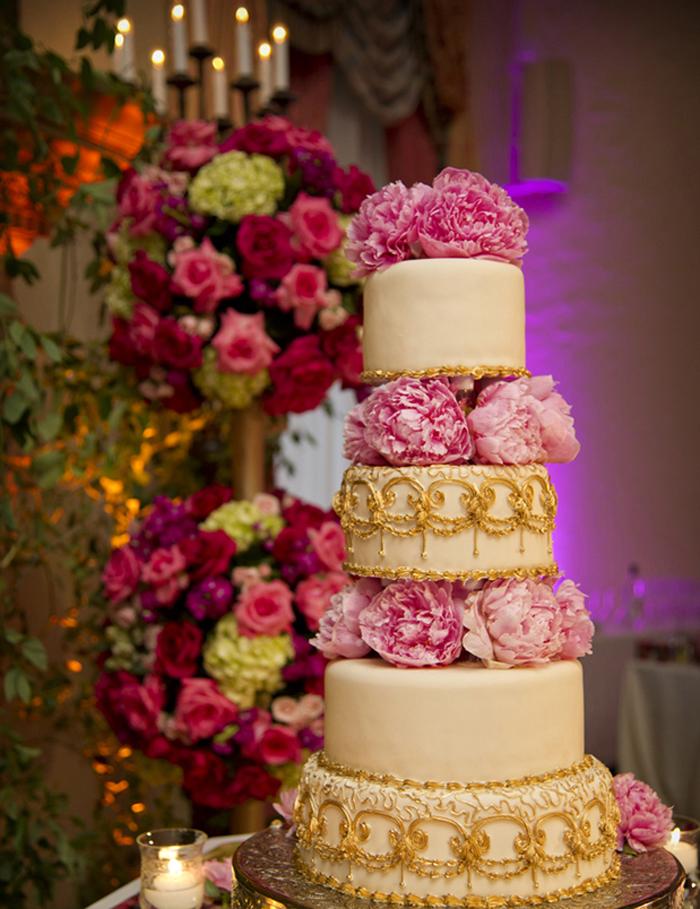 11 Photos of Elaborate Cakes Without Using Fondant