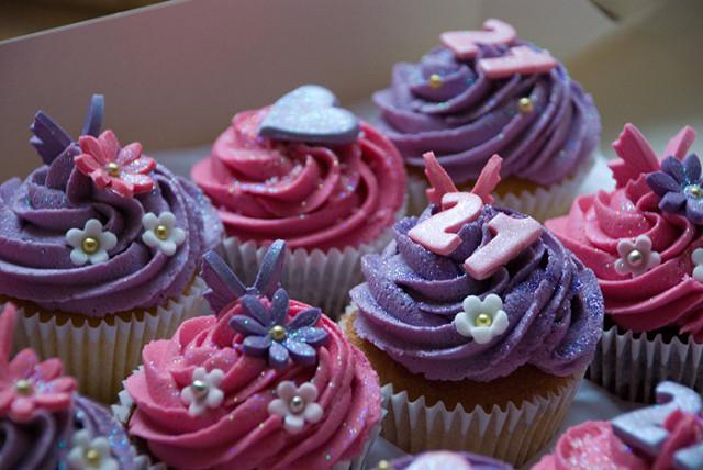 21st Birthday Cupcake Ideas for Girls