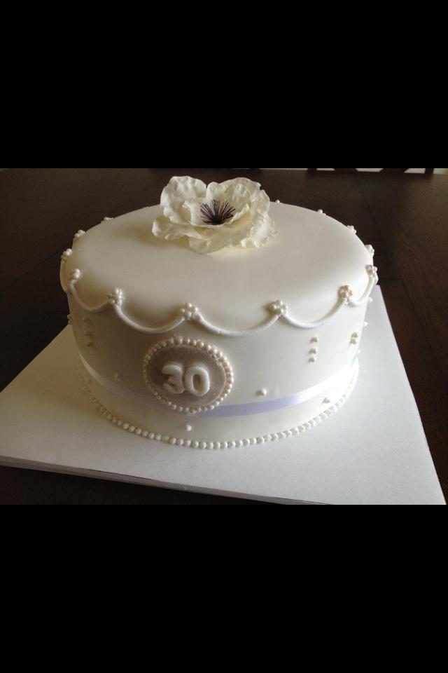 30-Year Wedding Anniversary Cake Ideas