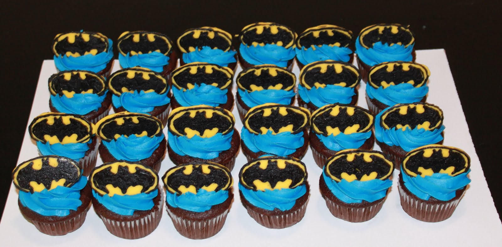 Batman Cupcake Birthday Cake