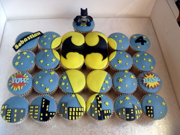 12 Photos of Acme Batman Cupcake And Cakes