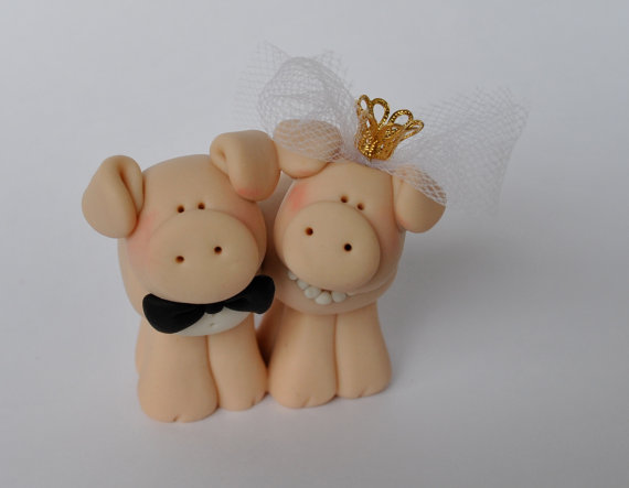 Cute Bride and Groom Wedding Cake Topper