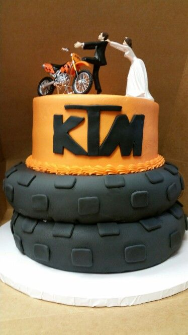 Dirt Bike Tire Wedding Cake