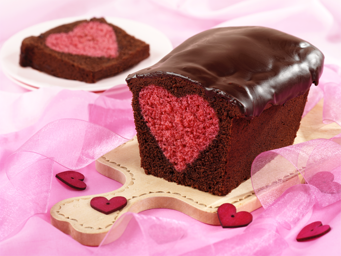 Heart Inside Cake Surprise