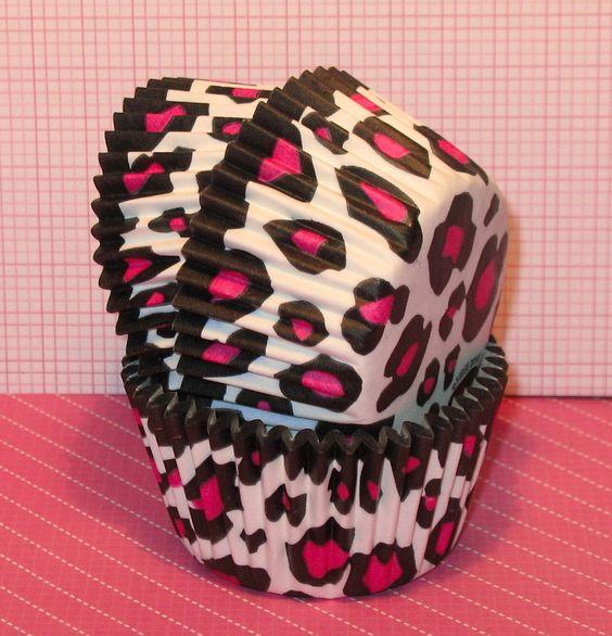 Pink Leopard Print Cupcakes