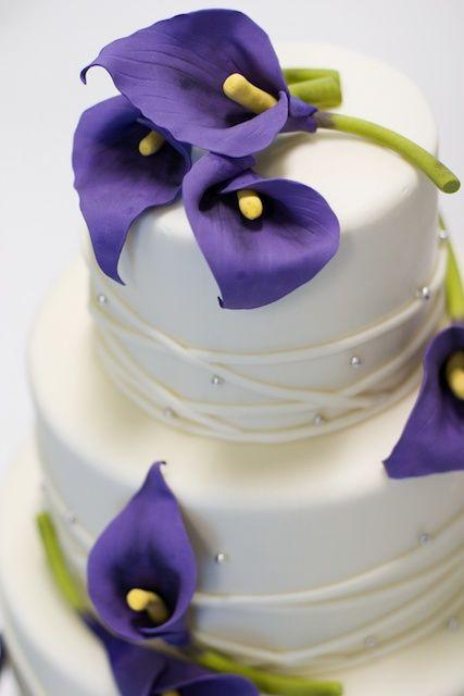 Purple Calla Lilies Wedding Cake