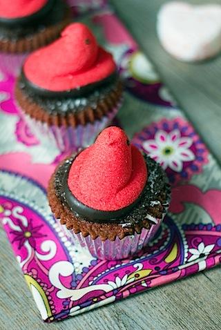 Red Velvet Marshmallow Cupcakes