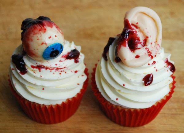 Scary Halloween Cakes and Cupcakes