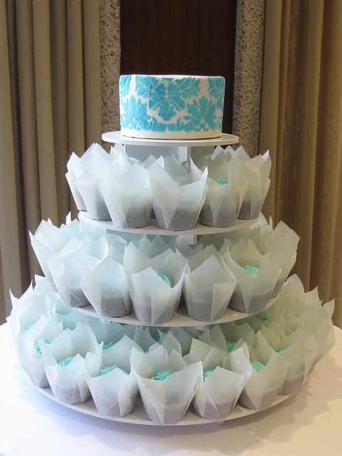 Tiffany Blue Wedding Cake Cupcakes
