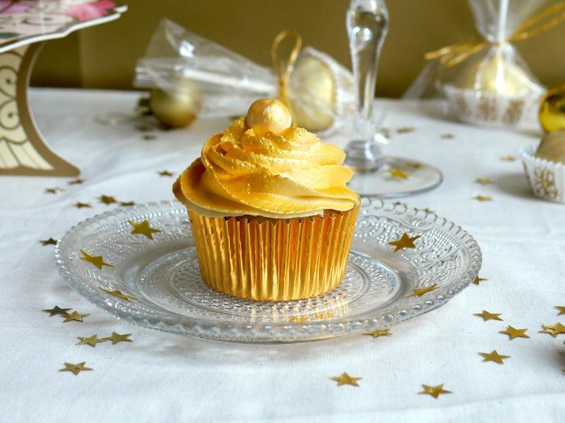 White Chocolate Champagne Cupcakes