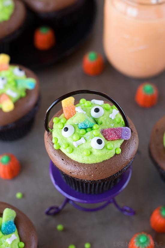 Witches Cauldron Cupcakes