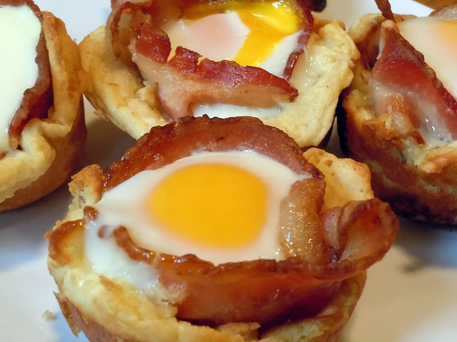 Breakfast Bacon Eggs Cupcakes