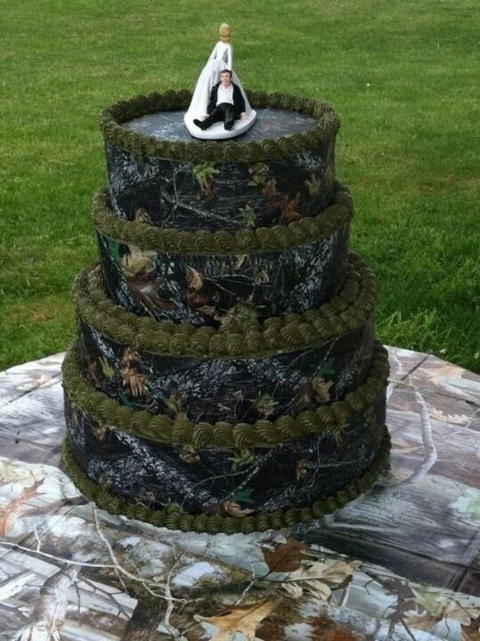 12 Photos of Realtree Camo Fondant Wedding Cakes