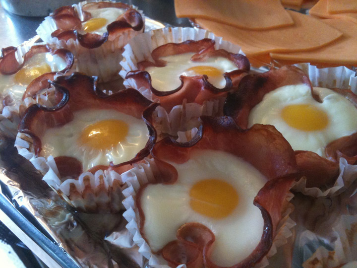 Canadian Bacon and Egg Cupcakes
