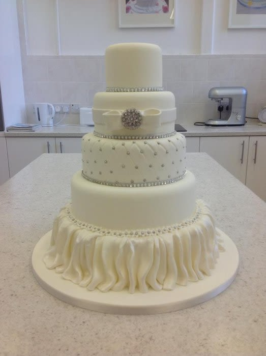 7 Photos of 5 Wedding Cakes Bridge Tier Velenvalentine