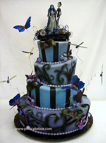 10 Photos of Halloween Wedding Cakes Amazing