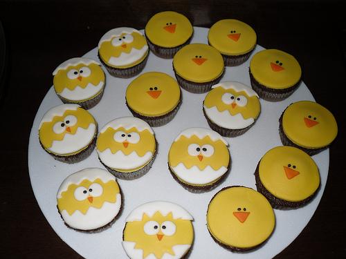 Easter Chick Cupcake Idea