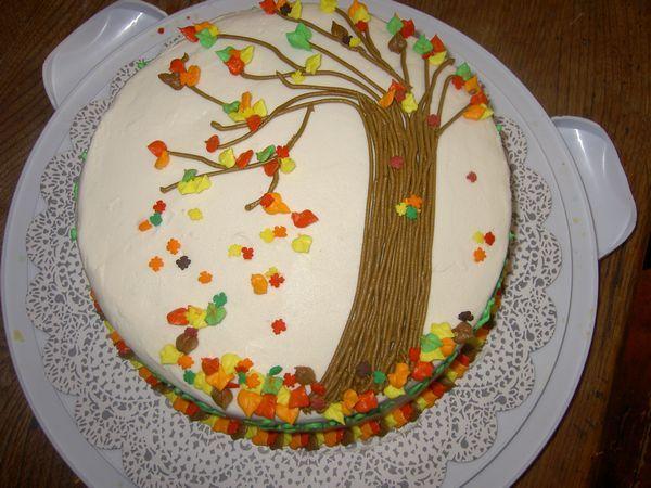 Fall Cake Decorating
