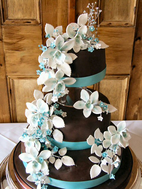 Green and Turquoise Wedding Cake