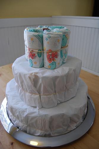 Make Baby Diaper Cake