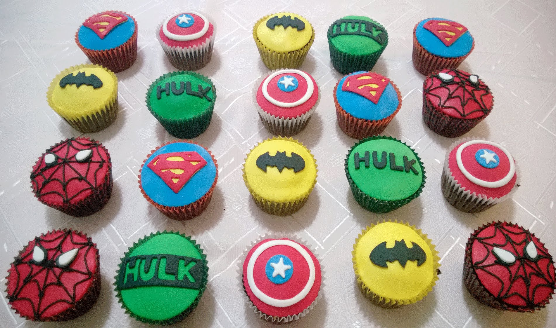 Marvel Super Hero Cupcake Cakes