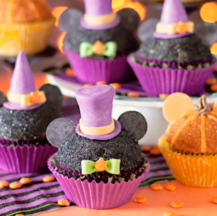 Mickey Mouse Halloween Cupcakes