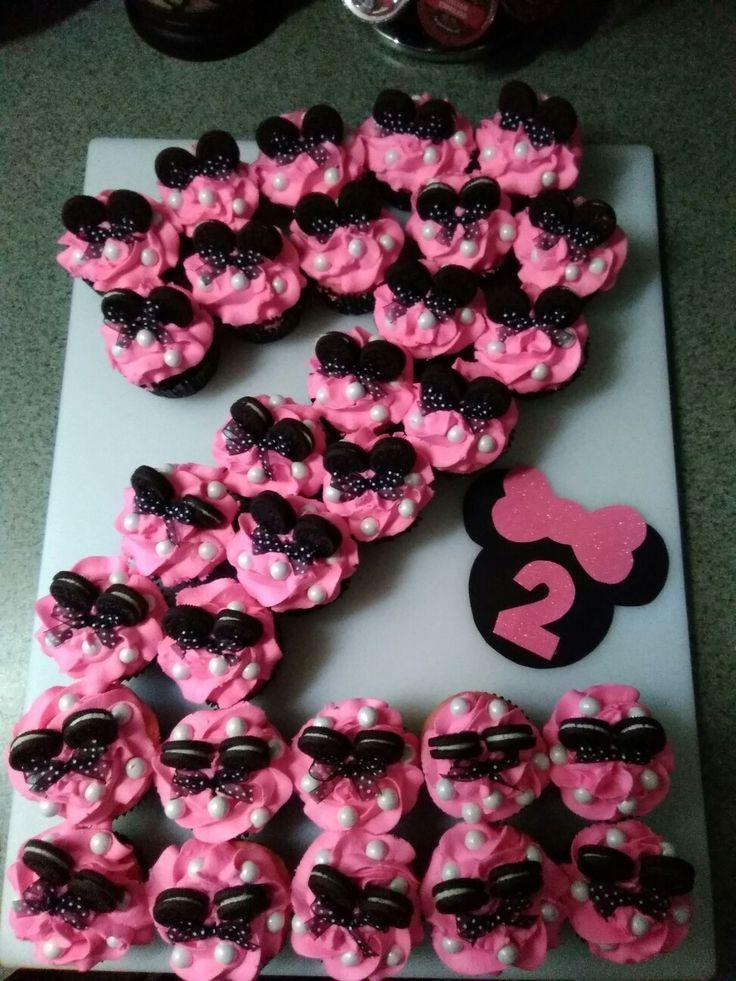 Minnie Mouse Birthday Cupcake Cake