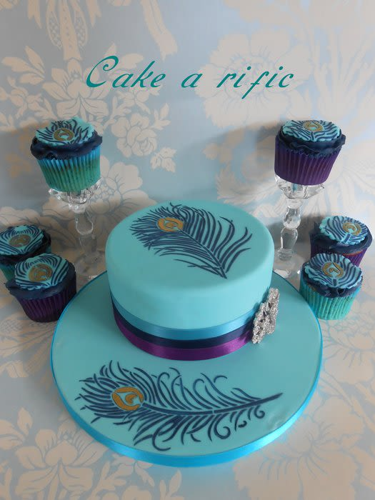 Peacock Feather Cake with Cupcakes