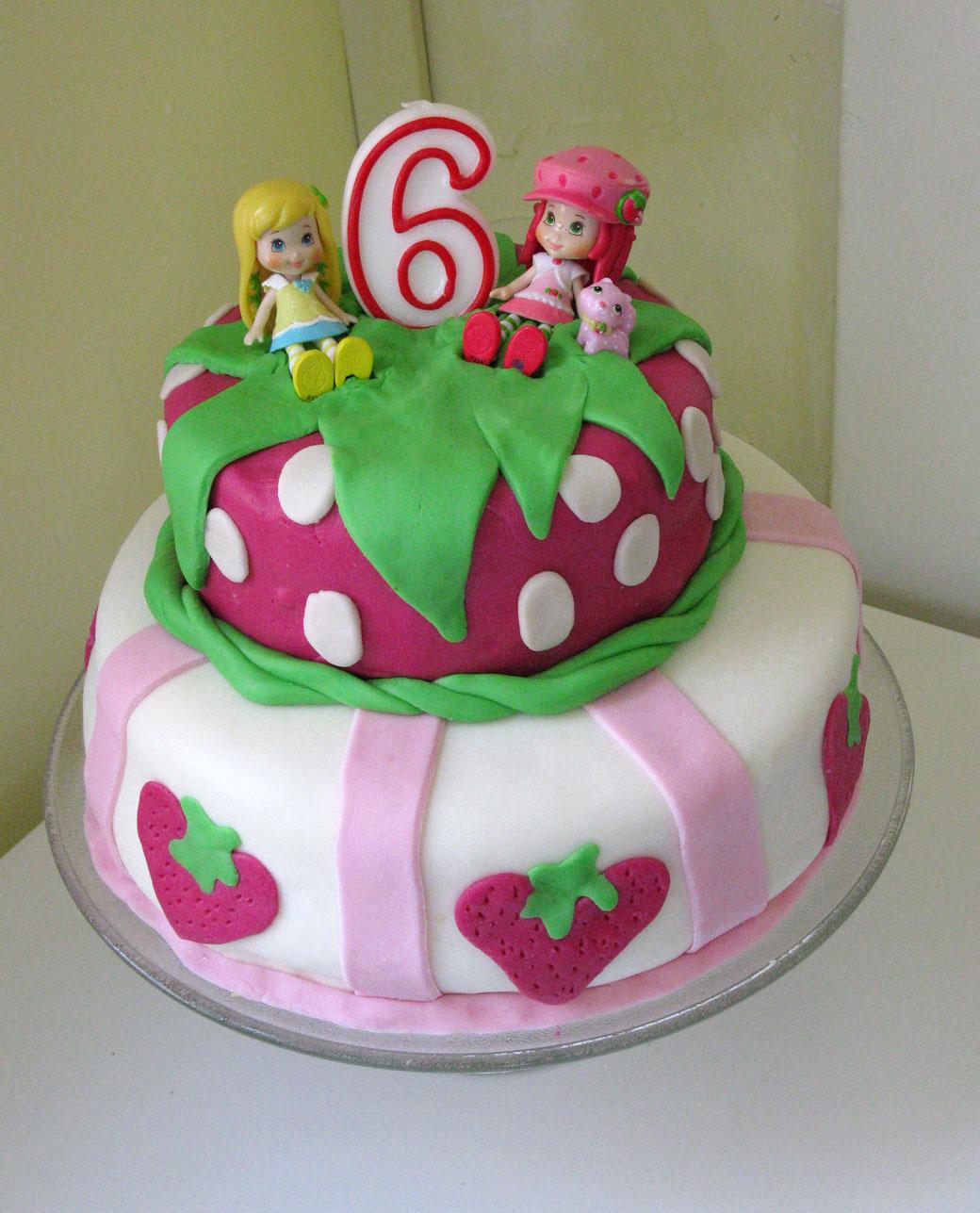 Strawberry Shortcake Fondant Birthday Cake