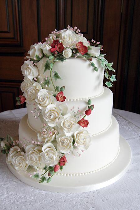 Beautiful Wedding Cakes with Waterfall