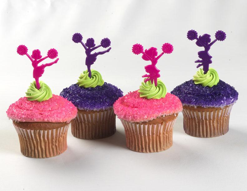 11 Photos of Cheerleading Themed Cupcakes