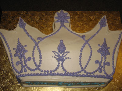 Crown Shaped Cakes
