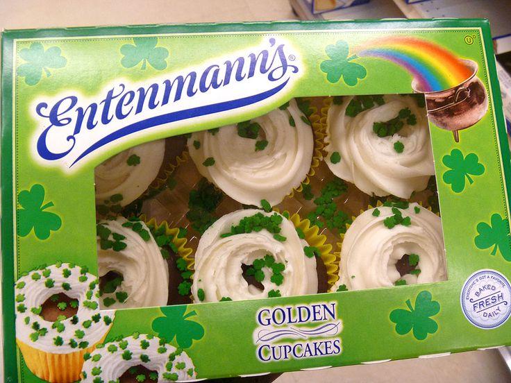 Golden Retriever St. Patrick's Day