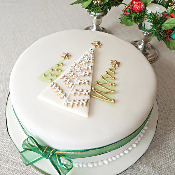 6 Photos of Christmas Decorated Cakes By Professionals Pictures