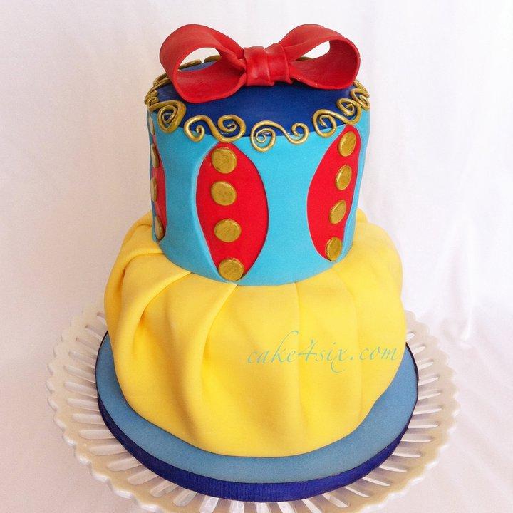 Disney Snow White Cake