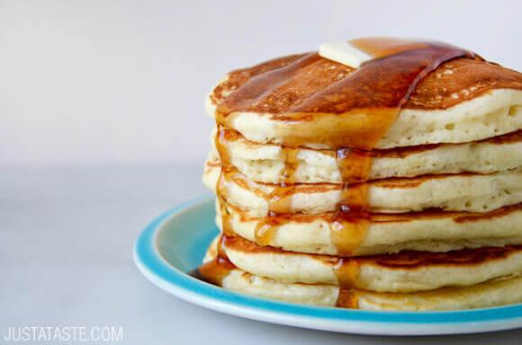 Light Fluffy Buttermilk Pancakes Recipe