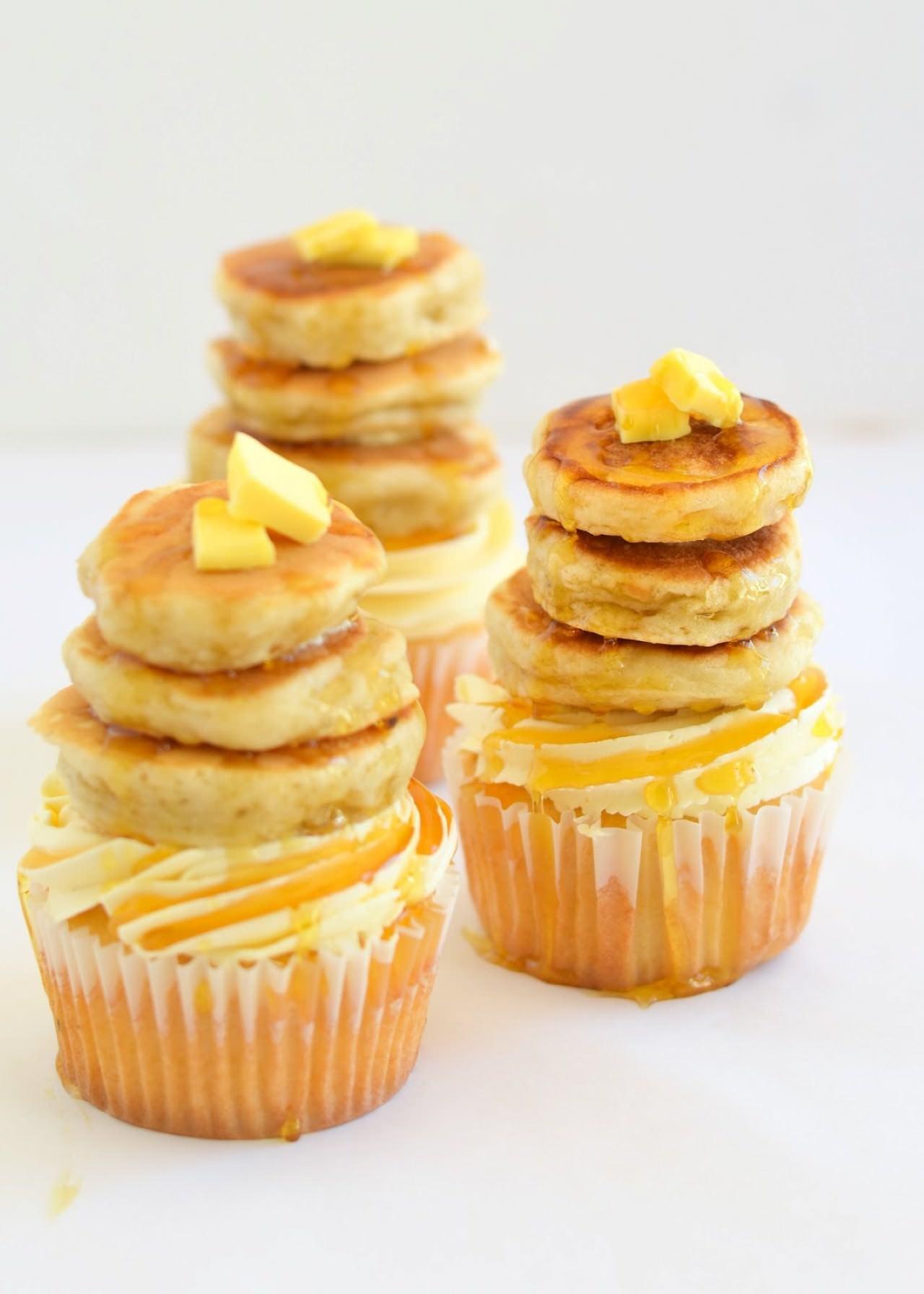 Maple Pecan Pancake Cupcakes