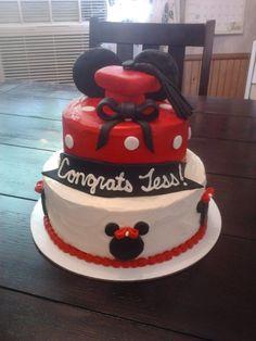 Minnie Mouse Graduation Cake