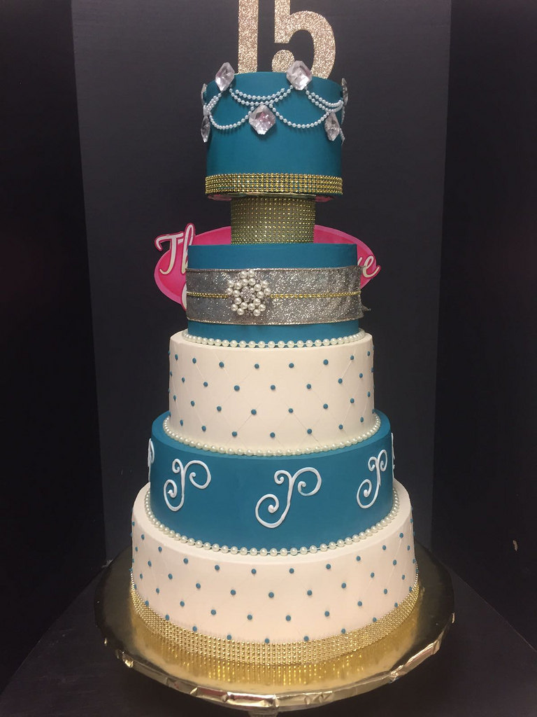 Quinceanera and Sweet 16 Cakes