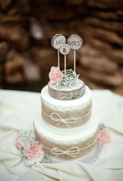 Rustic 2 Tier Wedding Cakes