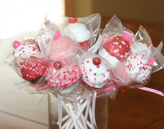 Valentine's Day Cupcake Decorating Ideas